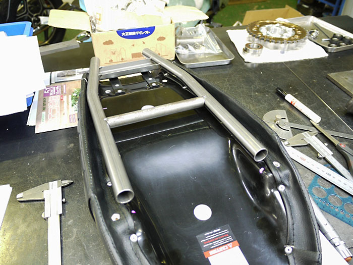 BMW R100 オリジナルサブフレーム (シートレール)製作レポートNo.1