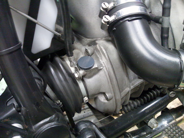 BMW r100rs スピードメーターケーブル メクラ ブラインドプラグもご紹介 モギーモータース