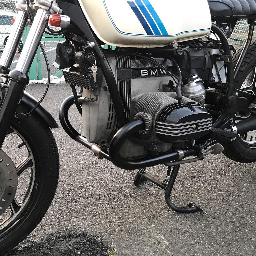 r100rs 中古車 マフラーカスタムの画像